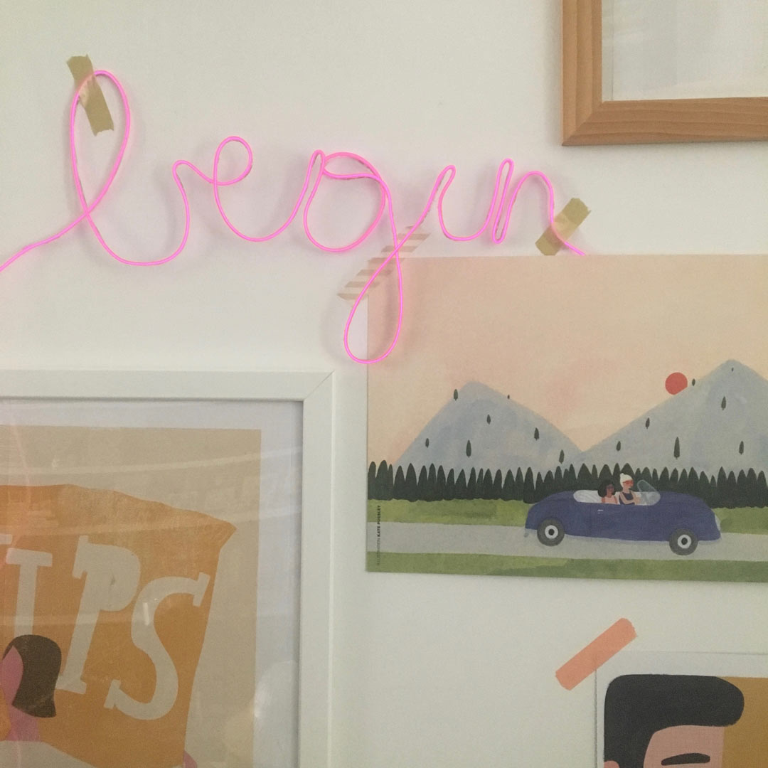DIY Neon word 'Begin' by Villa Appelzee