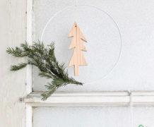 DIY kerstkrans met houten boompje van 10voortwaalf - Villa Appelzee