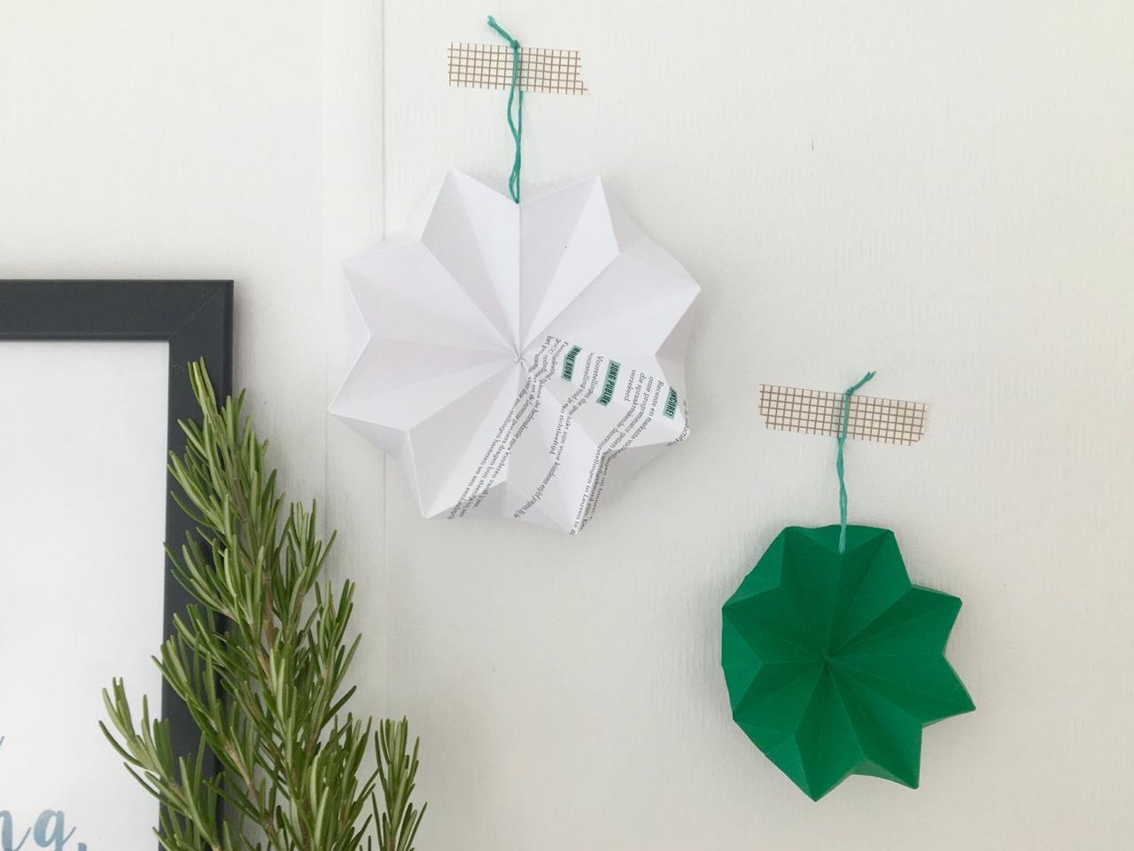 Origami kerstdecoratie met oud papier, appelzee.com
