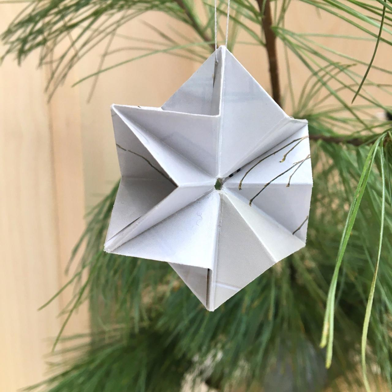 Origami ster uit papier